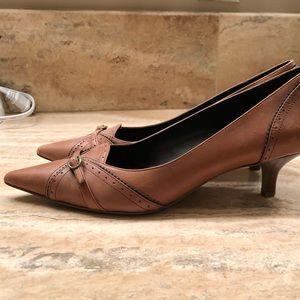 Ann Taylor LOFT light brown pumps size 7